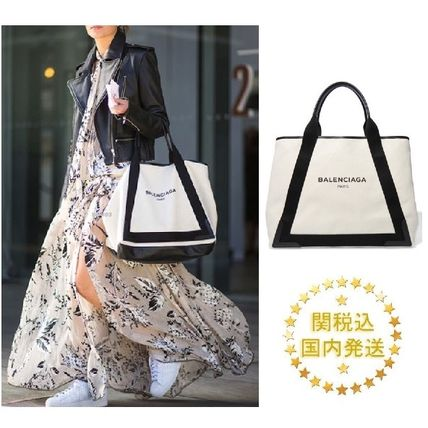 Soon reach BALENCIAGA Navy cab canvas tote M