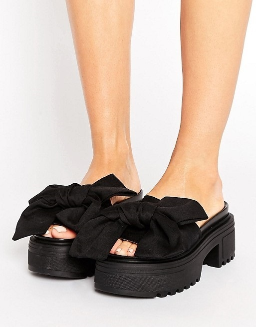 ASOS THRILL SEEKER Chunky Bow Sandals♪