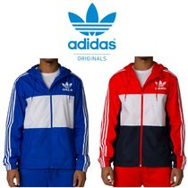 NEW!! 入手困難!! adidas CALIFORNIA HOODED WINDBREAKER
