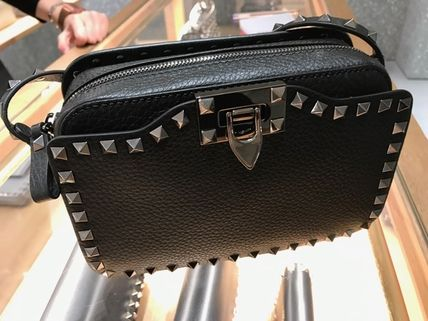 VALENTINO新作〓Rockstud Small Crossbody〓Noir