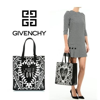 GIVENCHY ジバンシィ ★ ハートプリント トートバッグ