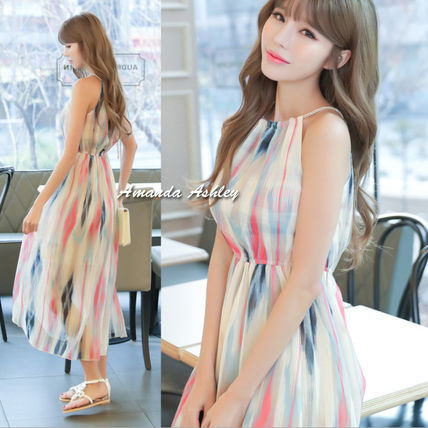 Colorful watercolor-style print style Halter neck chiffon
