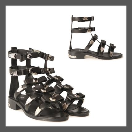 SS TOGA PULLY Torga pull studded leather sandals