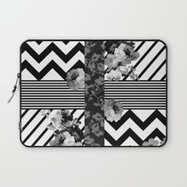 society6☆Black and White ☆パソコンケース/送込