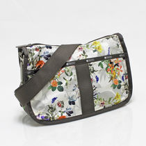 ★Essential Collection★LeSportsac ショルダーバッグ♪ G115