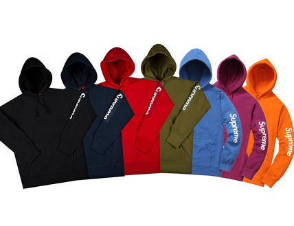 SUPREME17SS Sleeve Patch Hooded Sweatshirt