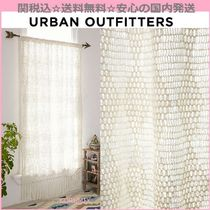 Urban Outfitters(アーバンアウトフィッターズ) カーテン 関送込☆国内発送 Urban Outfitters かぎ針編みフリンジカーテン
