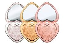 Too Faced(トゥフェイス) フェイスパウダー Too Faced *Love Light Prismatic ハイライト 3色から♪