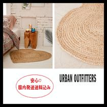 Urban Outfitters(アーバンアウトフィッターズ) ラグ・マット・カーペット 安心国内発送☆Urban Outfitters:Jute Heart Rug