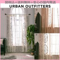 Urban Outfitters(アーバンアウトフィッターズ) カーテン 関送込☆国内発送☆Urban Outfitters☆刺繍カーテン2枚セット3色