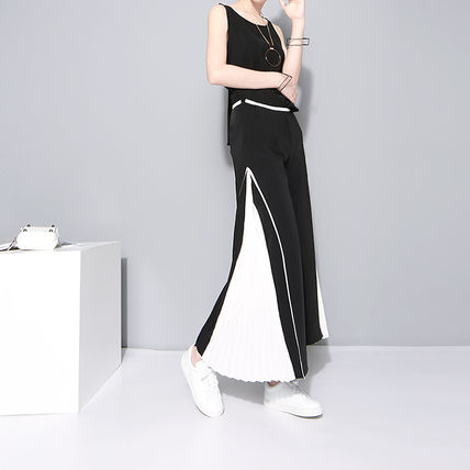 * Sideline style pleated wide pants *
