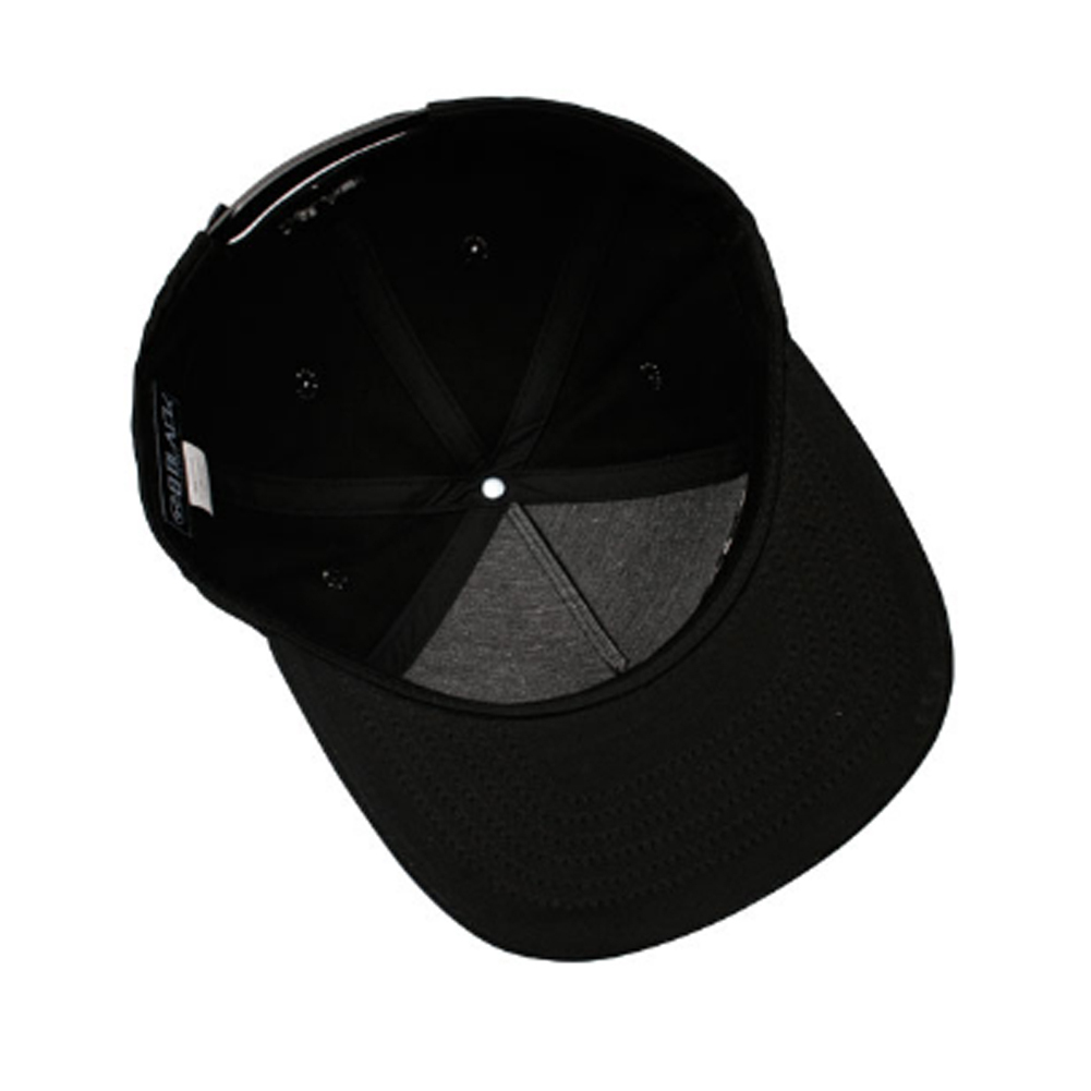 無料配送★BEBLACK★OLD ENGLISH SNAPBACK限定数量
