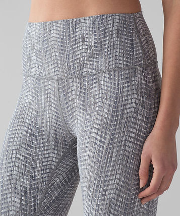 lululemon パンツ ハイライズクロップ:Wunder Under Crop*Hi Rise-arrow jacquard