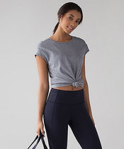 [lululemon]*快適♪Lost In Pace Short Sleeve(2色あり)