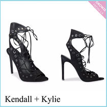 【Kendall + Kylie】新作!スエード レースアップ ヒール☆