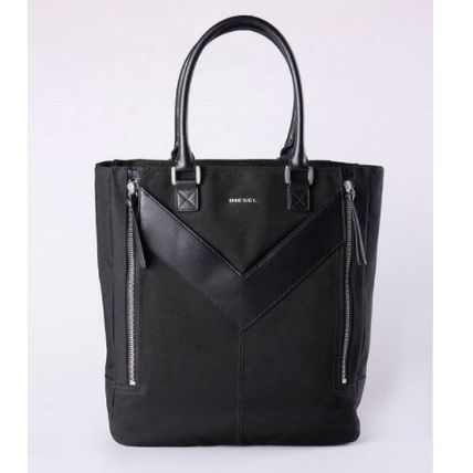 MR. V-TOTE - BLACK / PERMANENT COLLECTION