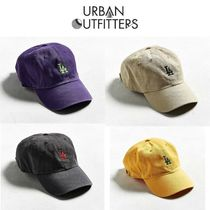 Urban Outfitters(アーバンアウトフィッターズ) キャップ 日本未入荷!urbanoutfitters×LA ロゴキャップ 4色