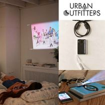 urban outfitters 新作ワイヤレスPicopixプロジェクター