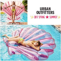 Urban Outfitters(アーバンアウトフィッターズ) うきわ 2017 夏 ☆ プールフロート 貝殻 浮き輪 ★ Urban Outfitters
