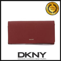 DKNY(ディーケーエヌワイ) 長財布 ★国内発送 DKNY Scarlet Red Leather Wallet