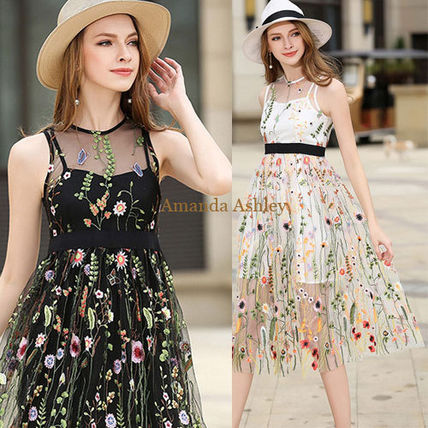 Cute and stylish floral sheer layered dress with embroidery