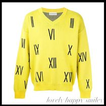 numbers V-neck sweater