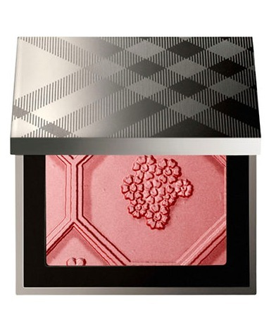 限定*Burberry*チーク Silk and Bloom Blush Palette