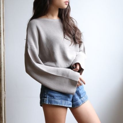 Bell sleeves knit