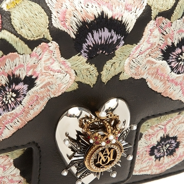 ☆17CRUISE☆ Alexander McQueen Heart mini shoulder bag