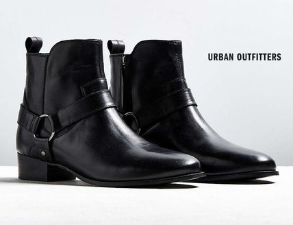 * UrbanOutfitters * * leather harness boots/black