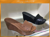 新作ウエッジが素敵!Tory Burch☆MIKAEL 80MM WEDGE SLIDE★2色