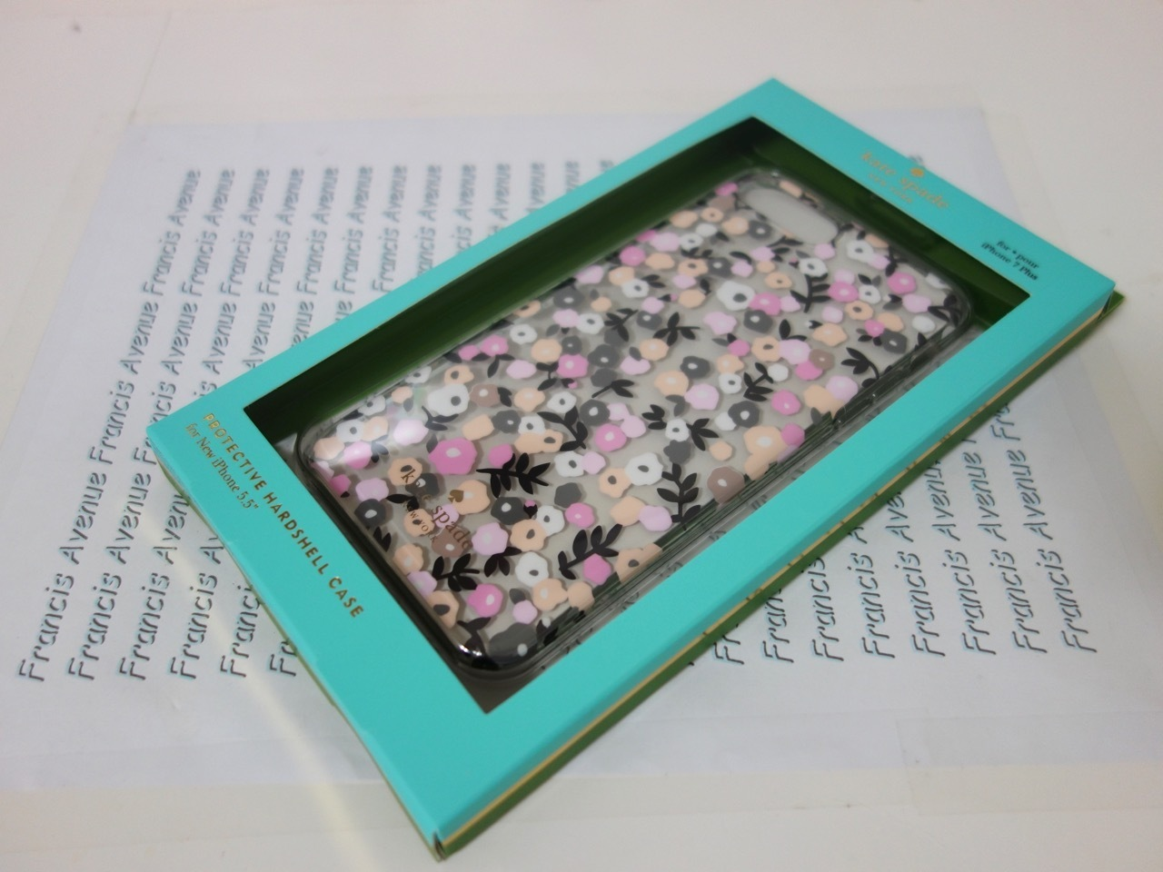 国内発送 Kate Spade Disty Floral iPhone7 Plusケース 8ARU1897