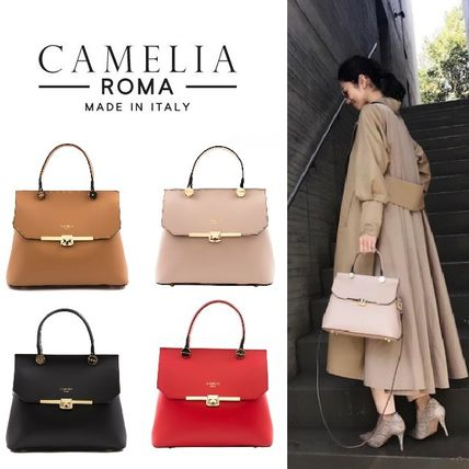 CAMELIA ROMA * gold fasteners is the fashionably chic
