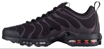 Nike Air Max Plus Ultra TN Tuned 1 ブラック 変色