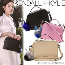 KENDALL + KYLIE LUCY CROSS BODY(CREAM TAN/ORCHID PINK/BLACK)