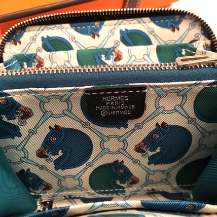 """HERMES 折りたたみ財布 HERMES 2017""""TATERSALE""""Portefeuille COMPACT Silk'in/NOIR(3)"""