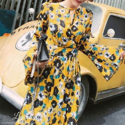 Maxi-length dress floral list fall fashion