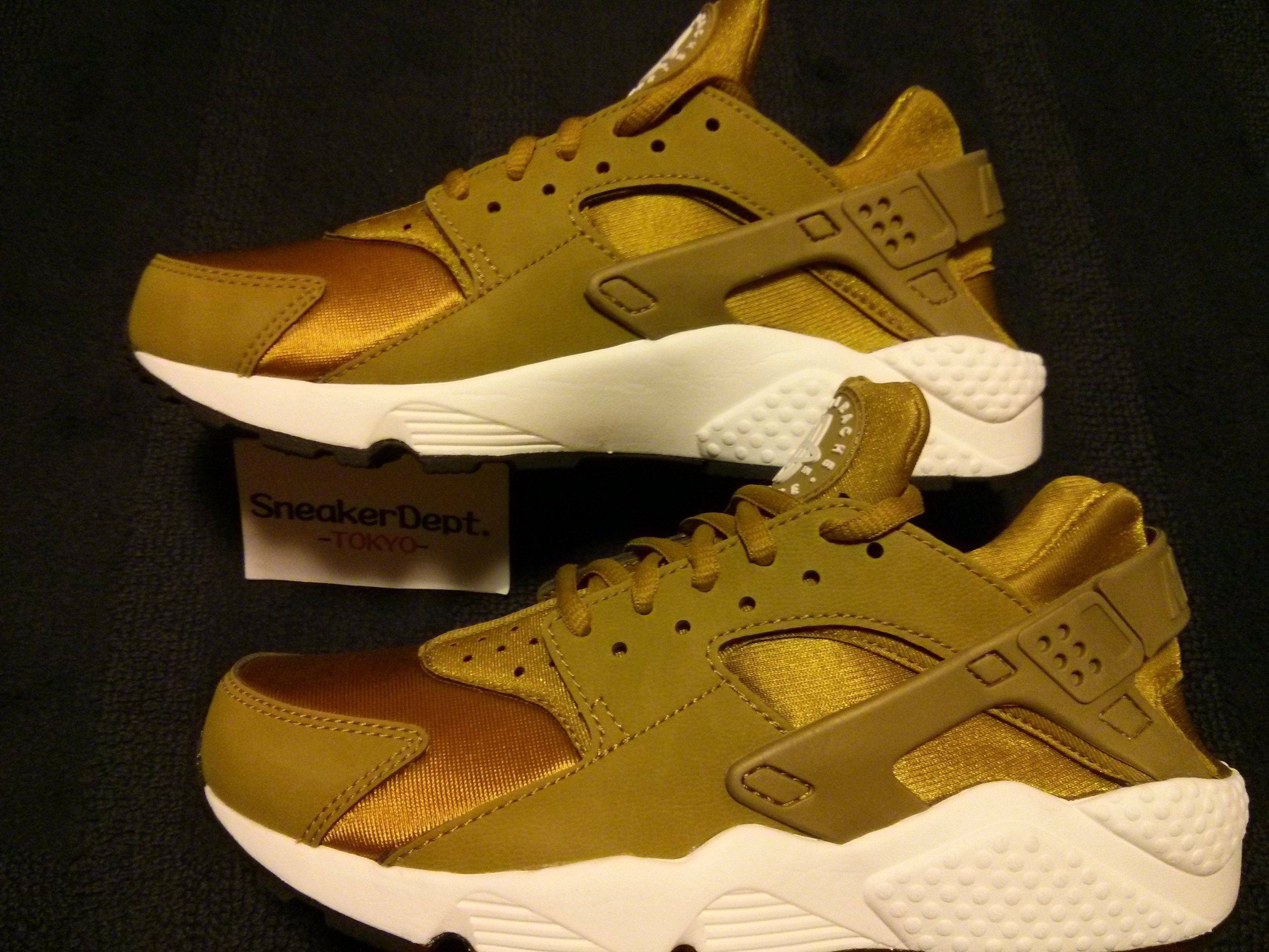 WMNS AIR HUARACHE RUN 634835-700 エアハラチ