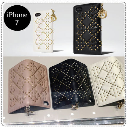 Dior retail stores offer studded with charm is a nice iPhone