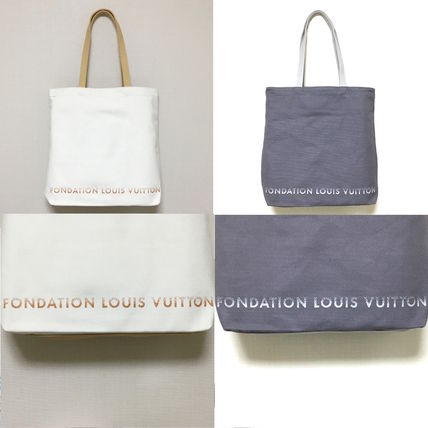 And Louis Vuitton Foundation Museum of art tote bag