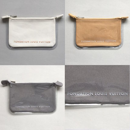 And Louis Vuitton Foundation Museum Pouch / clutch