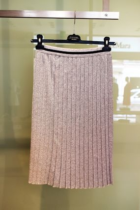 LARGE WEEKEND popular sparkling pleated skirt