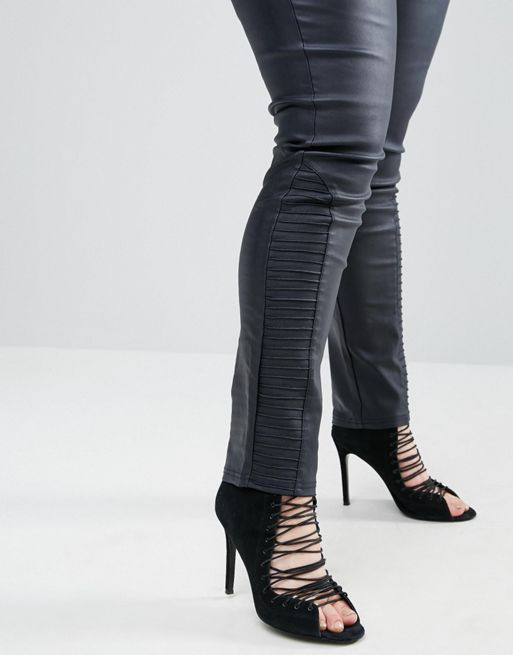 大人気♪Boohoo Plus Coated Skinny Jeans 送料・関税込