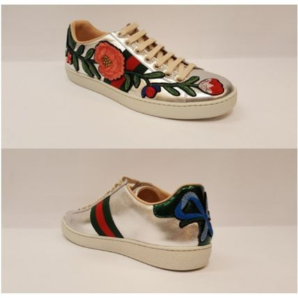 Gucci floral design applique sneakers