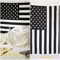 Urban Outfitters(アーバンアウトフィッターズ) タペストリー Urban Outfitters*Large American Flag Tapestry