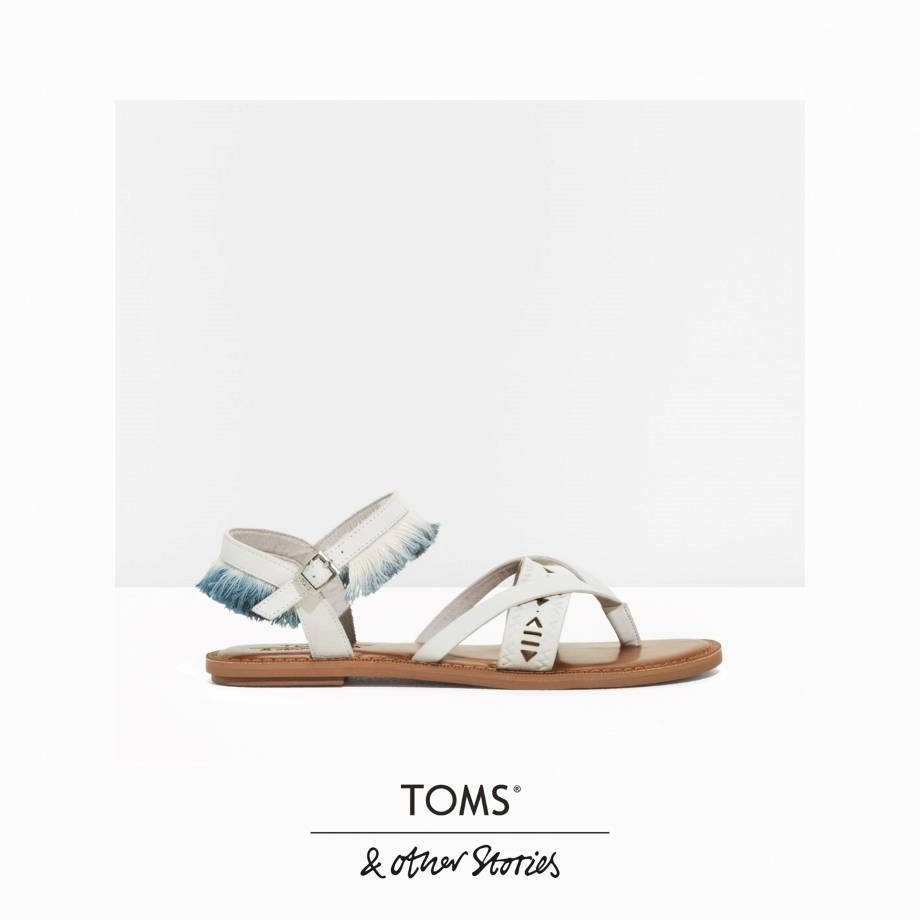 ★&Other Stories x TOMS★レザーフリンジサンダル★