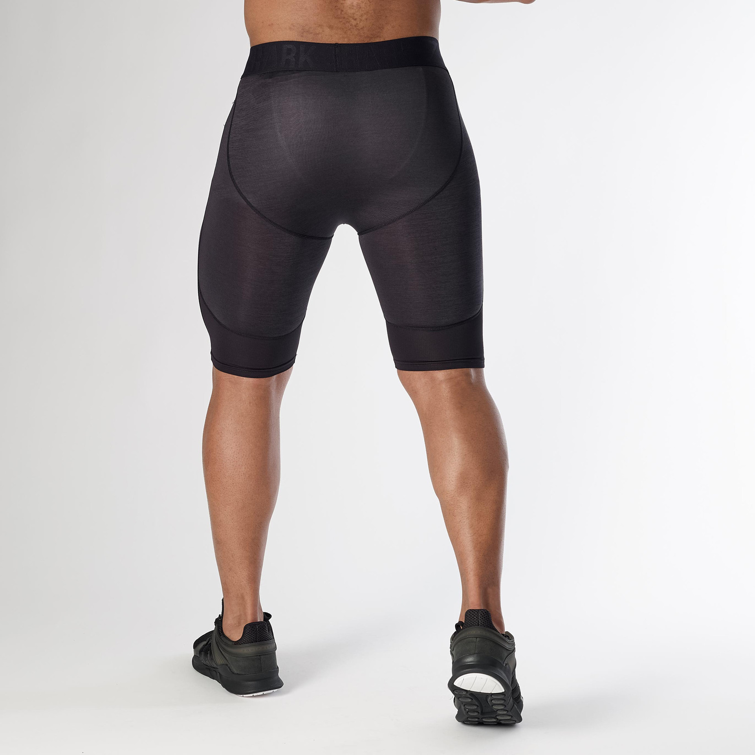 GYMSHARK☆ ELEMENT BASELAYER SHORTS−BLACK MARL