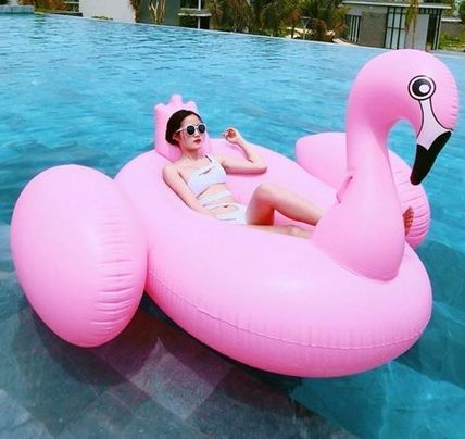 Instant buzz pink Flamingo pool tubes float.