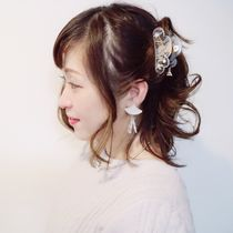 white spring pearl ヘアクリップ