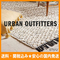 Urban Outfitters(アーバンアウトフィッターズ) ラグ・マット・カーペット 送料/関税込み☆URBAN OUTFFITERS★フリンジラグマット